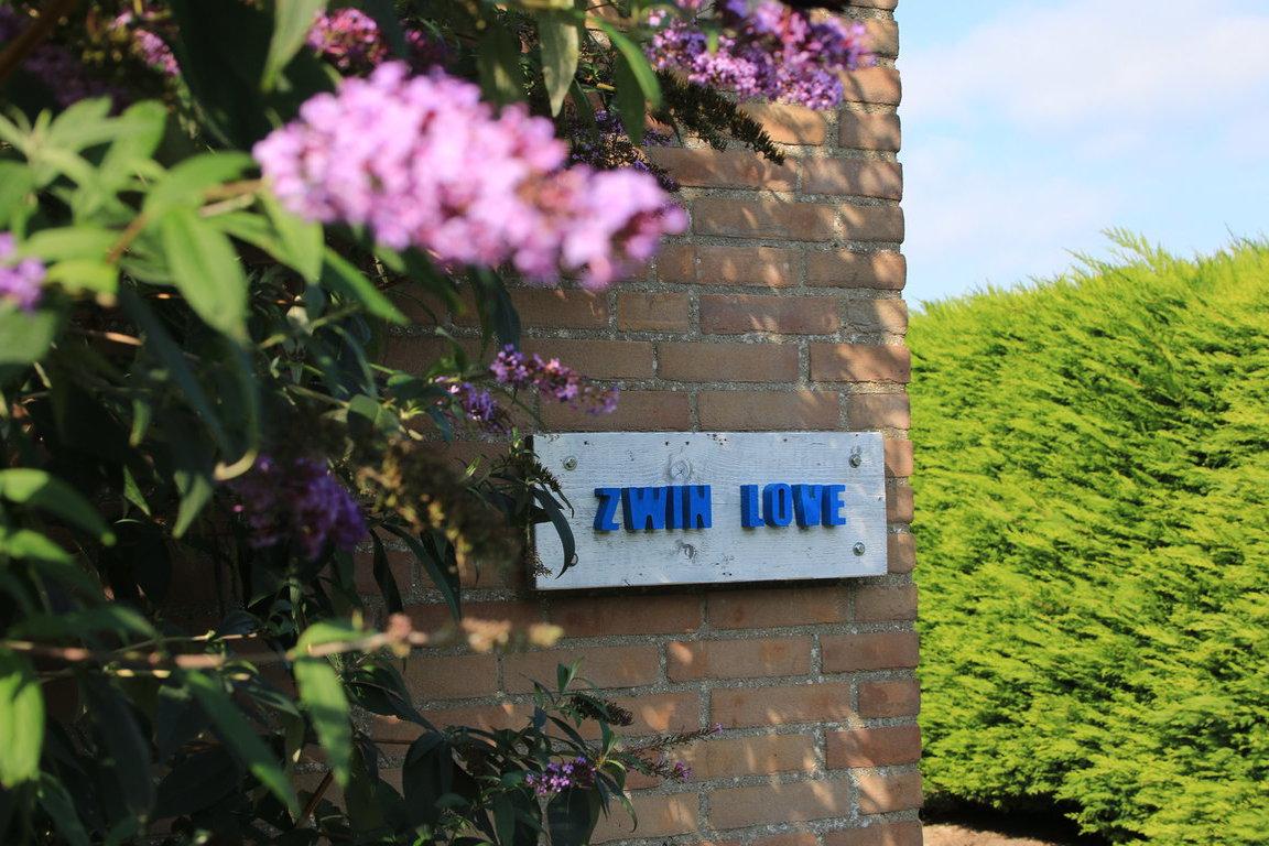 Hausschild Zwin Love FR